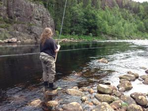Laksefiske i Mandalselva, sommeren 2013. Ingen fisk, selvsagt.